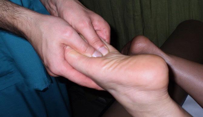 Артроз стопы:  причины возникновения, признаки и методы лечения