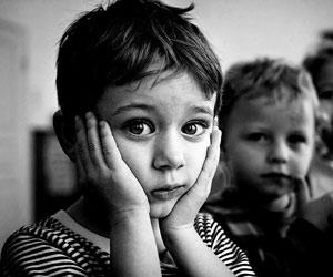 Большая часть детей-инвалидов проживают в интернатах, имея семьи