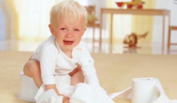 Причины и методы лечения запоров у ребенка