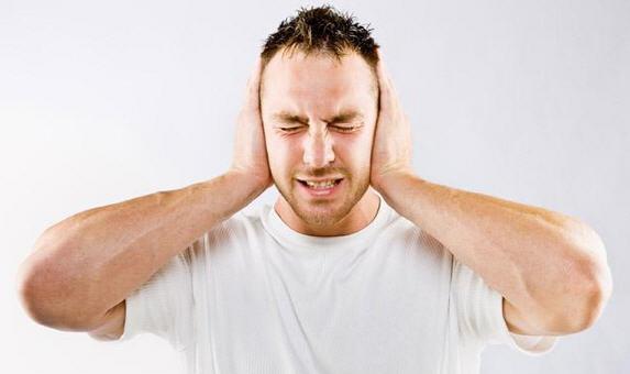 Шум в ушах - тиннитус