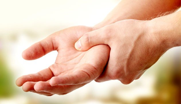 Как лечить боли в венах на руках