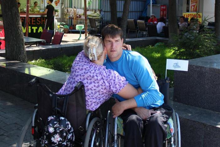 Чем отличаются инвалидные кресло-коляски