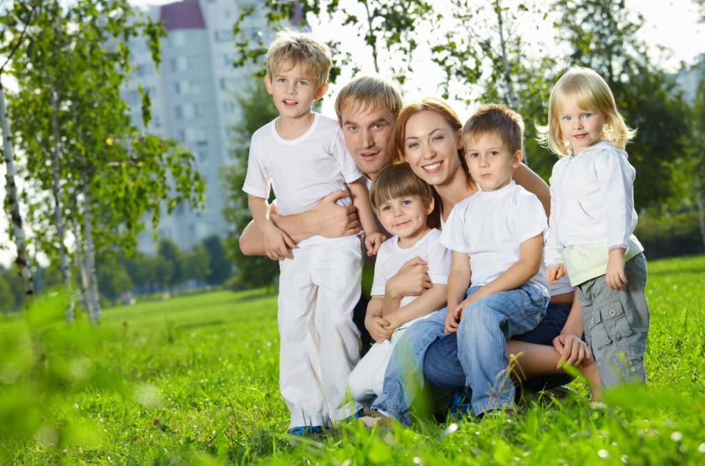 Какие льготы будут многодетным семьям в России в 2017 году