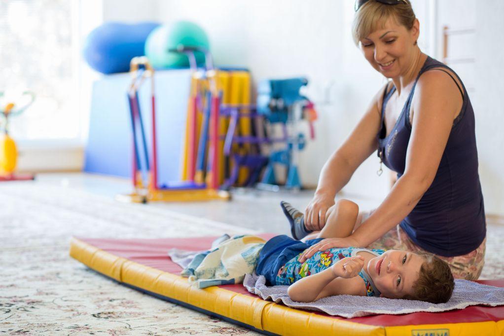 Воспитание ребенка - инвалида